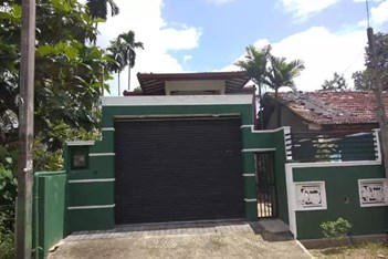 Two stories house for sale - Homagama
